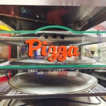 Pizza warmer oven 3 shelfs with pizza pans